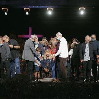 Saddleback Church Ordains 3 Women Pastors