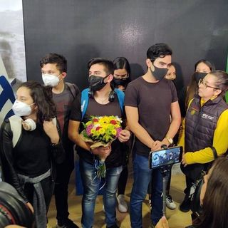 Estudiantes mexicanos que se encontraban en China ya están en México