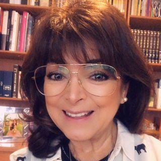 """María Elena González Leite, Meg con el tema: """"Aprender a quererse a uno mismo""""."""