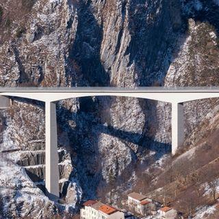Domani chiuso per monitoraggi il ponte di Valgadena