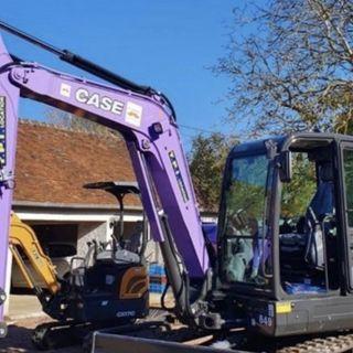 Ascolta la news: L'escavatore Case CX60C per la prevenzione dei tumori maschili