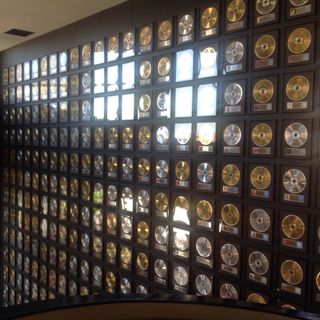Around the World: Country Music Hall Fame