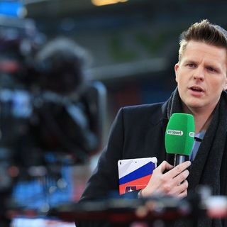 Episode 121 - with Jake Humphrey - TV presenter, journalist and entrepreneur.