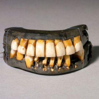 13 - Colonial Teeth