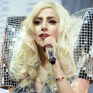 Directo De Canciones De Lady Gaga :D