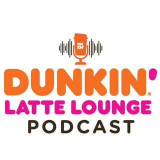 Taylor Performs Live At The Dunkin Latte Lounge