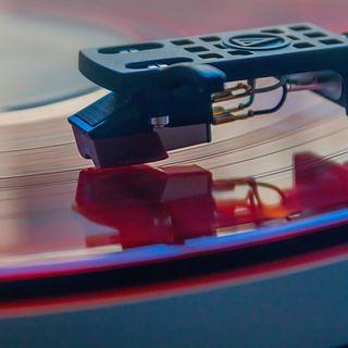 Boom di Vinili: dopo 30 anni le vendite superano quelle dei CD in Italia
