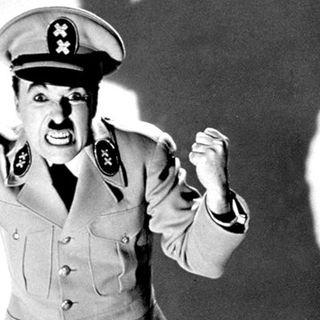 Cuando Chaplin puso voz a una peli fue para abrirnos los ojos