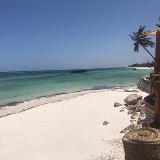 KENYA: ENJOY THE SENSE relax sulla spiaggia