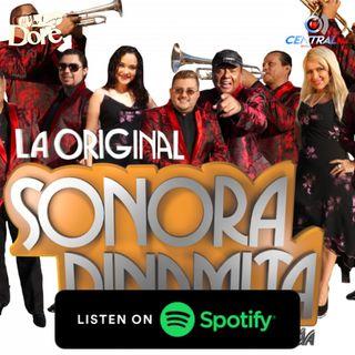 De fiesta con La Sonora Dinamita