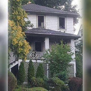 Dorchester Father Escapes House Fire