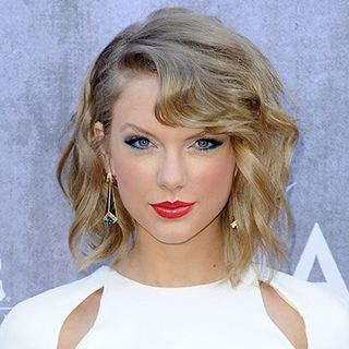 Astrochicks: Taylor Swift Love Astrology Predictions, Calvin Harris and Tom Hiddleston