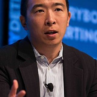 Andrew Yang Will Give $1,000 To Everyone Who Vote For Him!Listen!