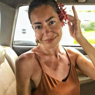 Laura globe-trotter