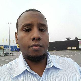 Radio 14:s reporter Abdullahi intervjuas om denna pod