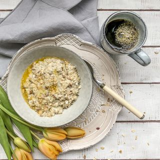 Naturnahe Küche Testinterview mit Renate mit Micro und Laptop