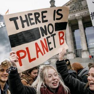 Firma la petizione per chiedere a Roma di dichiarare l'emergenza climatica e ambientale