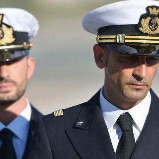 """Il Tribunale internazionale assegna il processo marò all'Italia: """"Roma dovrà pagare per i pescatori uccisi"""""""