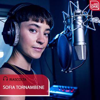"Sofia Tornambene presenta ""Tra l'asfalto e le nuvole"" a Radio Number One"