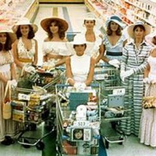 """#TheDebateShow #WineDownWknds """"Talking Stepford Wives Syndrome, #TNFWFTvsNYG"""