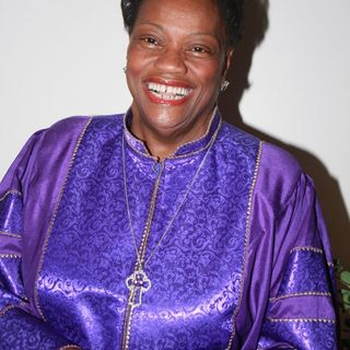 "MXMGATL 98.9FM 02/06 ""True Life Experiences"" with Bishop Carolyn Tyler-Guidry"