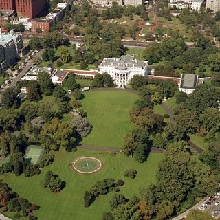 Lockdown Lifted After Man Who Refused To Drop His Weapon Shot Near White House