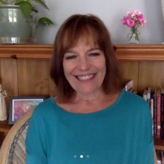Episode 5 - Who Am I Right Now? Metaphysical Mindset with Author Dr. Laurel Fuller Clark