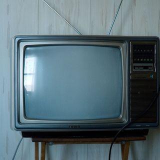 La Mesa de los Idiotas #004 La Televisión