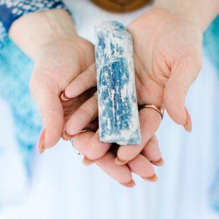 Kyanite Meaning Benefits and Spiritual Properties