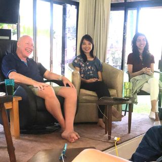 """Your Brother is Guiltless"" Morning Session - Co-Living at La Casa de Milagros with David Hoffmeister and Frances Xu"