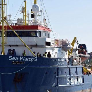 Porto Empedocle, focolaio Covid sulla nave dei migranti