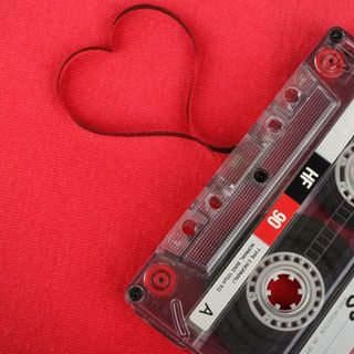 Hoy pondremos música romántica que enmielara tus oídos