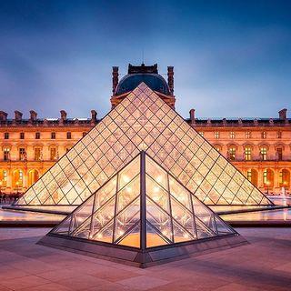 Aniversario del Museo de Louvre