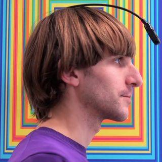 Neil Harbisson, il primo uomo-cyborg che nasconde un'anima verde