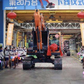 Ascolta la news: 200.000esimo escavatore per Doosan Infracore China Corporation