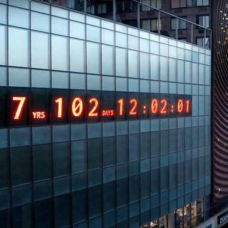 In che cosa consiste l'installazione artistica Climate clock, presentata a New York?