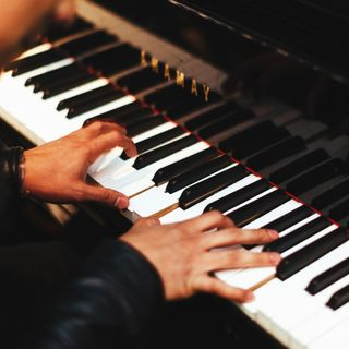 dduc 16 - Pianista della Vendita