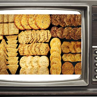 EPISODE 5: Triscuits and TV! Battle of the crackers!