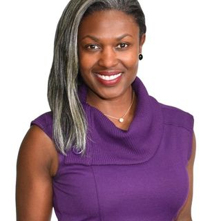 She Left A Career As An Attorney To Become An Online Presence Expert