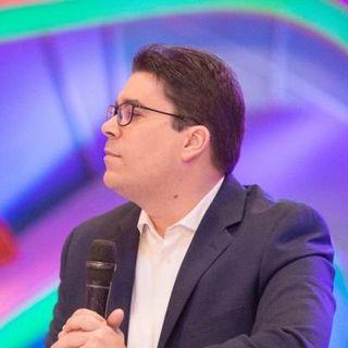 José Luis Ravelo C