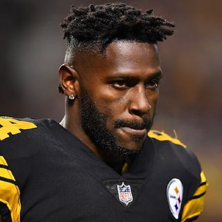 The Dallas Cowboys Want Antonio Brown!