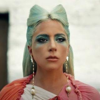 """Lady Gaga ha pubblicato il video di """"911"""""""