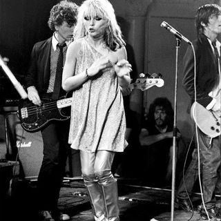 BEST OF CLASSIC ROCK playlist da classikera #1305 #Blondie #PaulMcCartney #wearamask #stayhome #Loki #f9 #xbox #LaRemesaMala