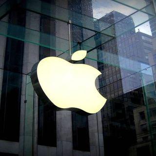Apre a Roma l'Apple Store più grande del mondo