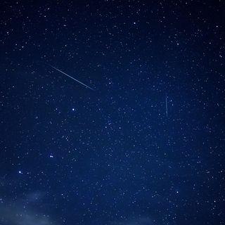 51 - Stelle Cadenti!?! Esprimi un desiderio non solo la notte di San Lorenzo - Sciami Meteorici - Astrofisica