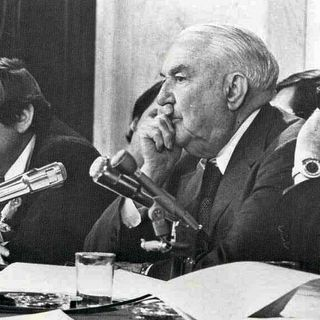 Cold War Radio - CWR#448 Was Watergate A Black Op, Too?