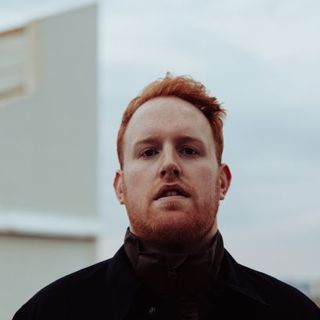 Irish singer/songwriter Gavin James chats to Ollie and Mary via Zoom