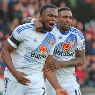 PREMIER LEAGUE: Sunderland get their 1st win of the season, Leicester lose again