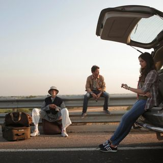 68: Goin' Down the Road: Honeymoon Travels Pvt. Ltd., Zindagi Na Milegi Dobara, and Piku