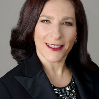 Beth Horowitz: Corporate Director; Former President & CEO, Amex Canada Inc.